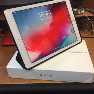 Apple Ipad Air 2 16gb Sim (4G) + Wifi Silver