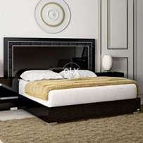 Black gloss bed with sides