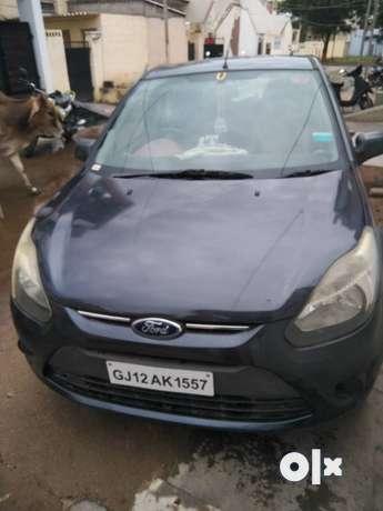 Ford Figo petrol 100000 Kms 2010 year