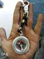 Compass for hunting traveling