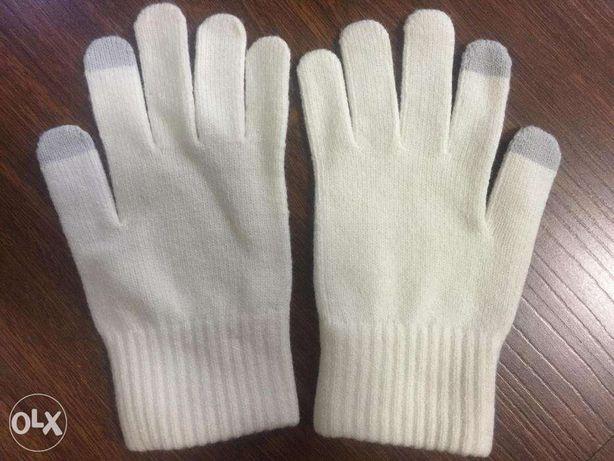 uniqlo heattech mens knit winter gloves m in makati metro. Black Bedroom Furniture Sets. Home Design Ideas