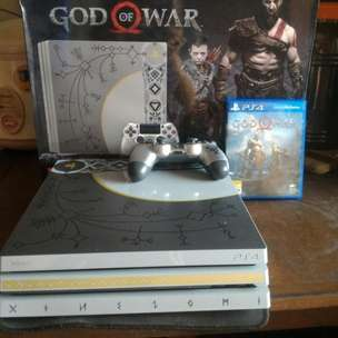 PS4 Pro 1 TB ( God of War Bundle - CUH 7106B )