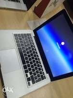 Apple MacBook Pro 13 inches Intel core i5 2nd gen