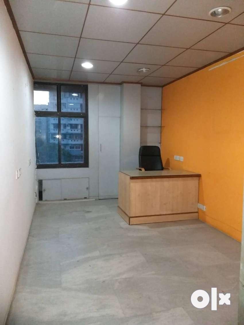 225 sq.ft. Office space 3rd floor in R
