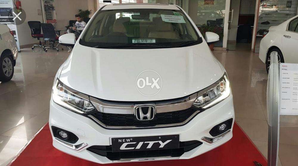 Honda City 2018 July Latest Model White Colour Brand New Zero Meter