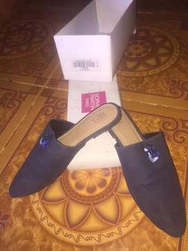 Sophie Martin Jual Sepatu Sandal Terbaru Di Indonesia Olx Co Id