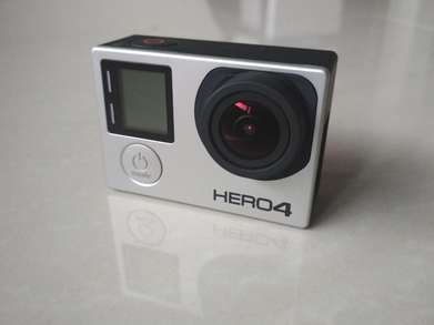 Kamera Gopro Hero 4 Black + SD 32gb + Tongsis 3 Way + Go pro. FULLSET