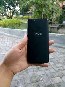 Vivo V7 + Powerbank OASE 10.000 mAh + headset bluetooth JBL