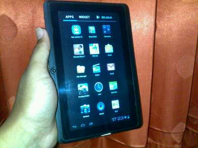 Realpad Relion Tab7 P700 Wi-fi Only Ram 1G/8