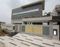 Dha phase 6 Brand New Furnished 10 Marla with basement 4 Masters Bed