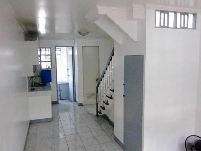 Project 4 Quezon City 2 Br Homey Apartment For Rent