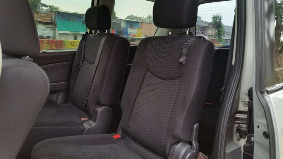 additionally S Nissan Serena S Hybrid as well  besides  additionally E F B F A C F A. on 2013 nissan serena body type