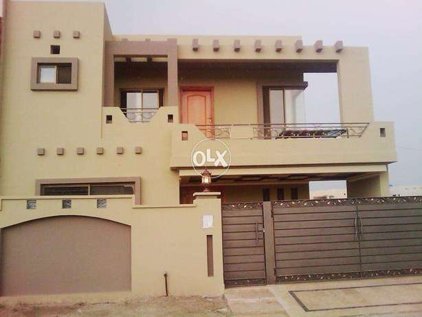 3 bed upper chaklala scheme 3 zeshan street in very good condition