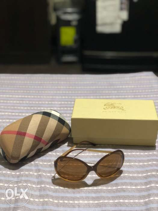 f4705ff395127 SOLD! Burberry Sunglasses for Ladies not Ray Ban Police Tom Ford Gucci ...