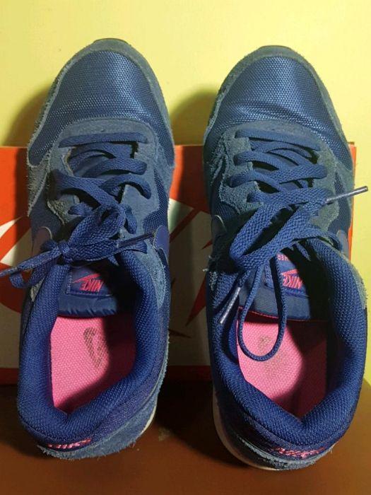 separation shoes 3c4b3 6483c Nike MD Runner 2 Unisex ...