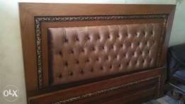 Aash wood bed with drasing sidetable