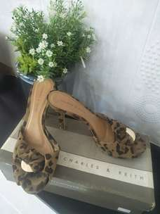 sandal charles and keith ori preloved size 39