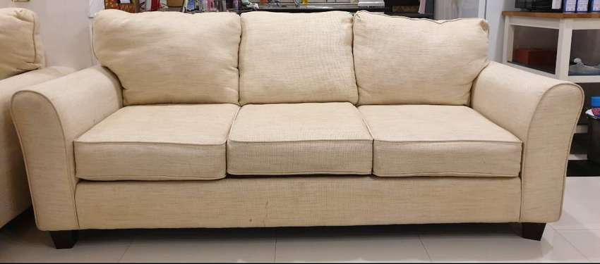 Usa 3 Seater Sofa Off White Color