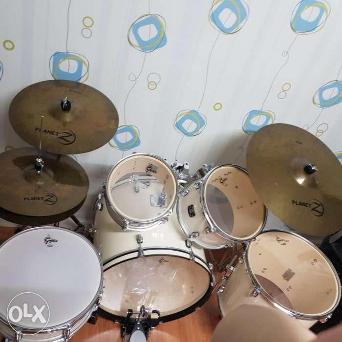 Gretsch Drum Energy Five Piece Kit White W Zildjian Cymbals Set In
