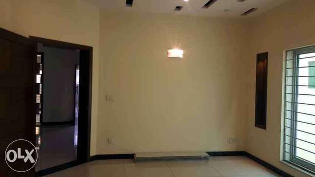 10 Marla Portion with Gas For Rent in Bahria Town Lahore