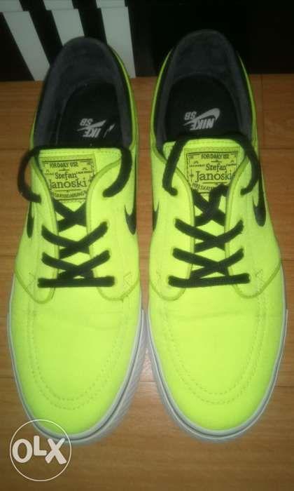 40b5323bcde2 Nike SB Zoom Stefan Janoski Canvas Neon Green in Bacoor