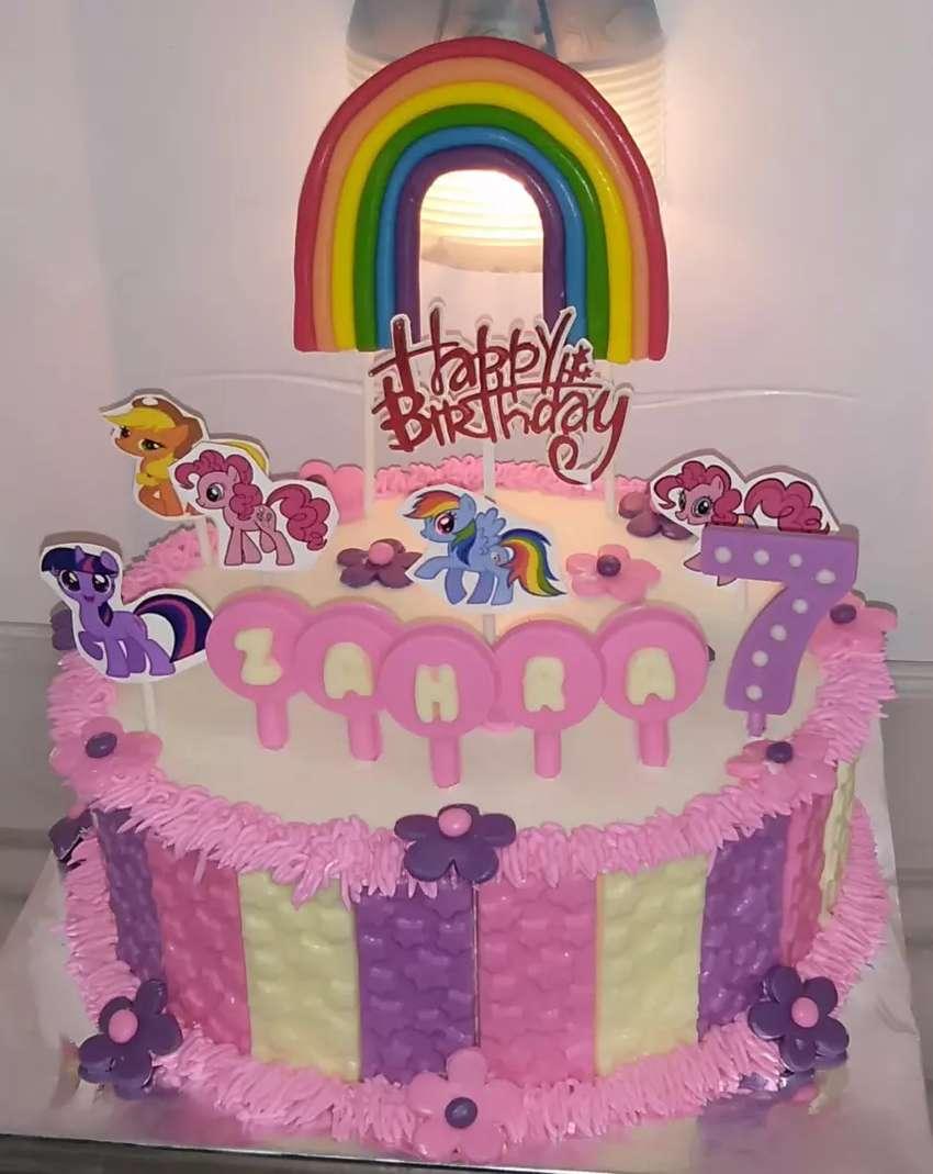 Kue Ulang Tahun Kuda Pony Makanan Minuman 793749396