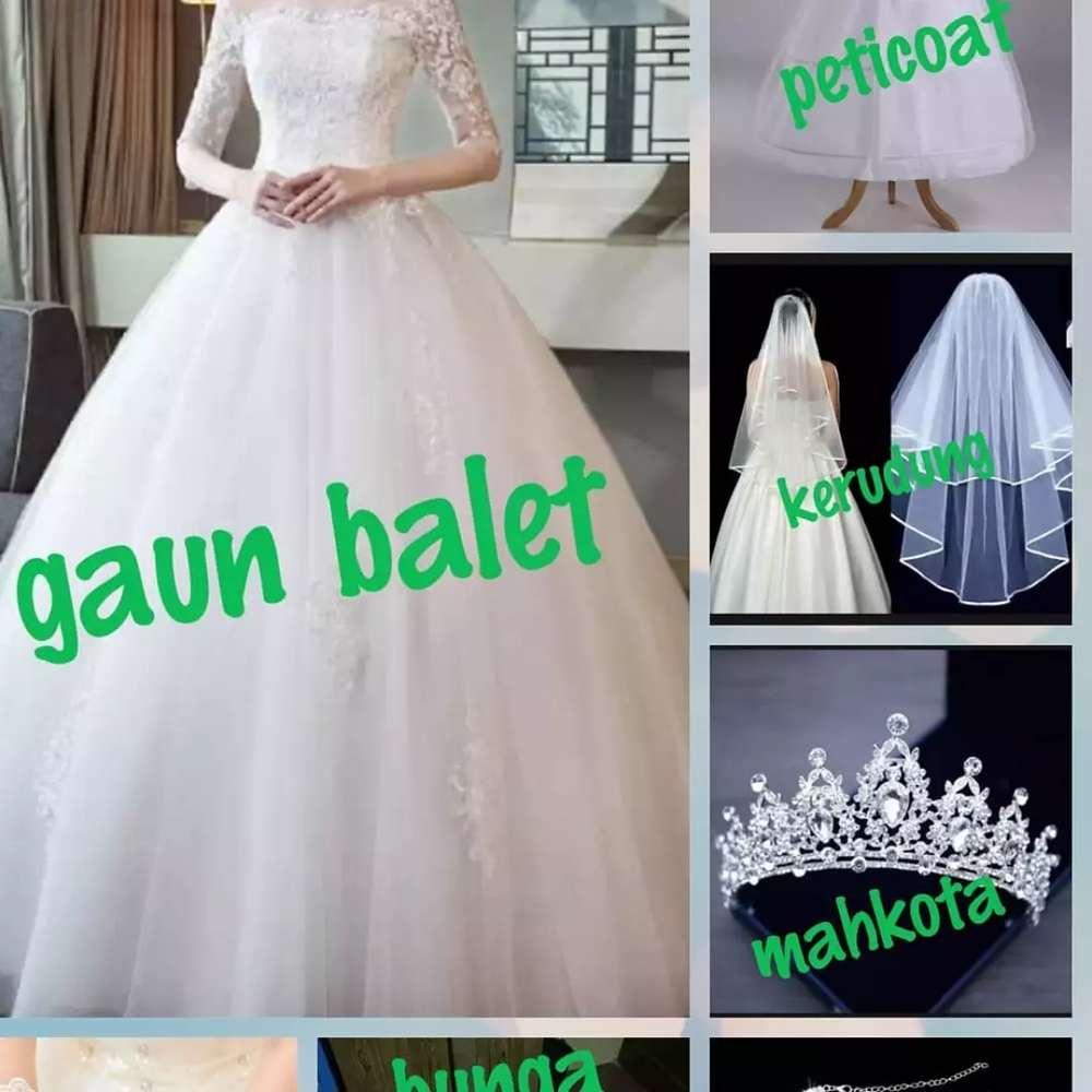 Gaun Pengantin - Jual Fashion Wanita Terbaru di Indonesia - OLX.co.id