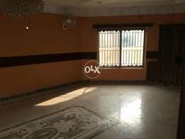 2250 sq ft Lower portion in bahria town lahore