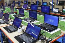 All Model Of Laptop Available !!! Hp,dell,lenovo Etc !!! At Laptop-hut