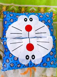 Boneka Bantal Doraemon