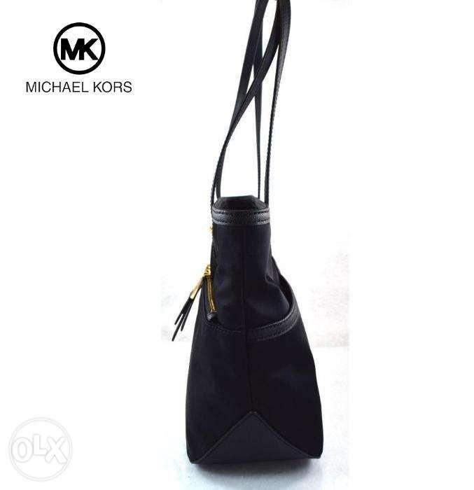 3cb4cf665d7ee4 ... SALE Bnwt Authentic Michael Kors Kempton Pocket Black Nylon Tote Bag ...