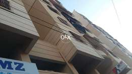 Gulshan 1st floor flat available blk/10 near Lasani 2-bed d+lounge