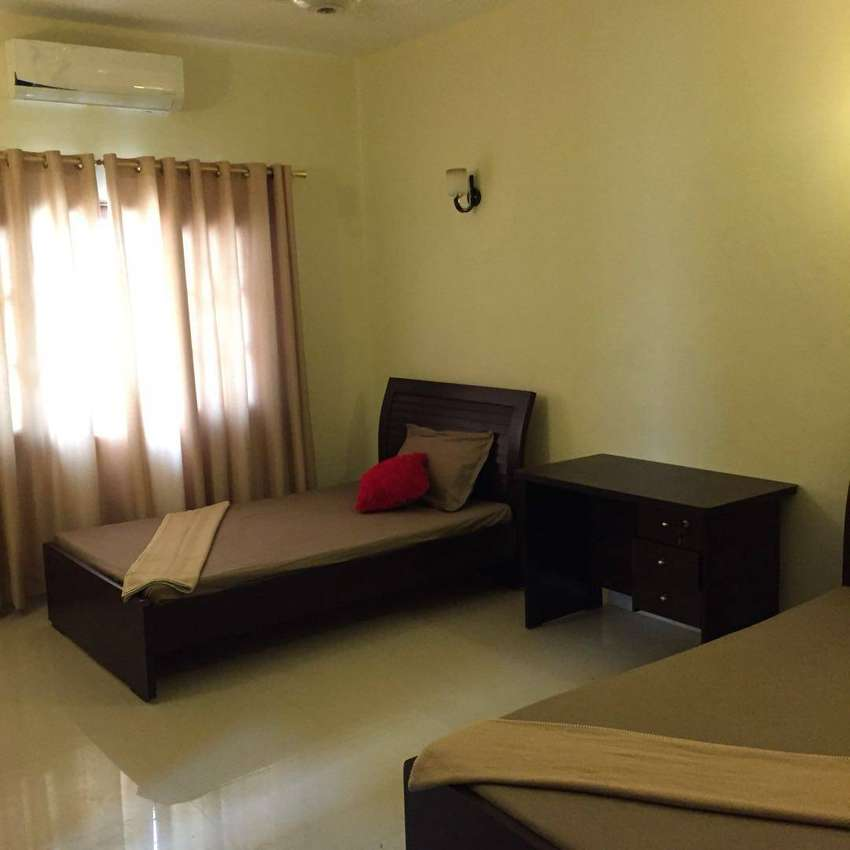 Room On Rent Only For Married Couple Roommates Paying Guests