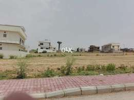 Ph 8 Plot Available In H Block Bahria Town