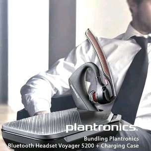 plantronics voyager 5200 legend with charging case