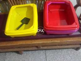 Flexible Cats and Kittens Litter Trays with Free Scoops