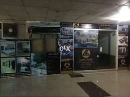 LAND Zone Offer 400 SQFt Office Small D Peoples Colony