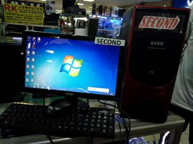 Komputer PC core 2 duo murah(LGA G31/ Ram 2gb ddr2/LED 16inch)Bogor