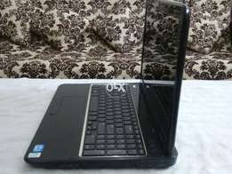 DELL, 5110 intl,cor i5,(2nd gen),250,2gb,dvd,cam,3.5. hours,10/10