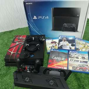 Jual ps4 all in one jet black CUH1106A 500GB mulus