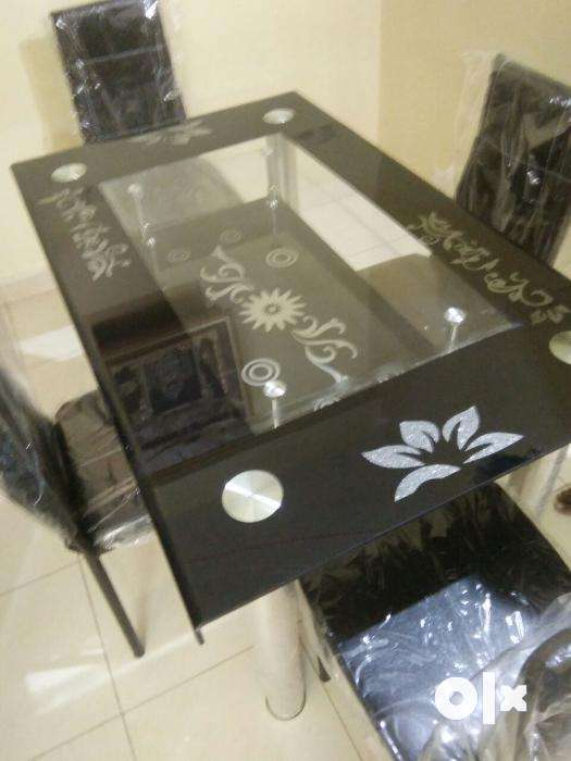 Very new unused packed condition 4 seat tempered glass  : images1000x700inslot2filenameb8k27g2x9o652 IN from www.olx.in size 525 x 700 jpeg 32kB