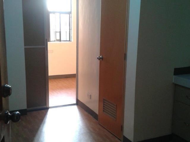 Rush Apartment Building For In Sampaloc Manila Near Ust Inium Condo