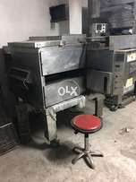 Available all size of pizza canveir oven and we have pizza deck ovens