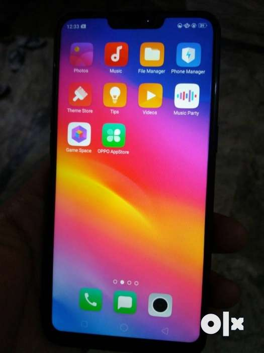 My new oppo phone a3s 1 month old only - Mobile Phones