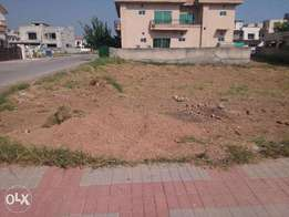 One kanal plot for selling in phase 3 bahria town Islamabad