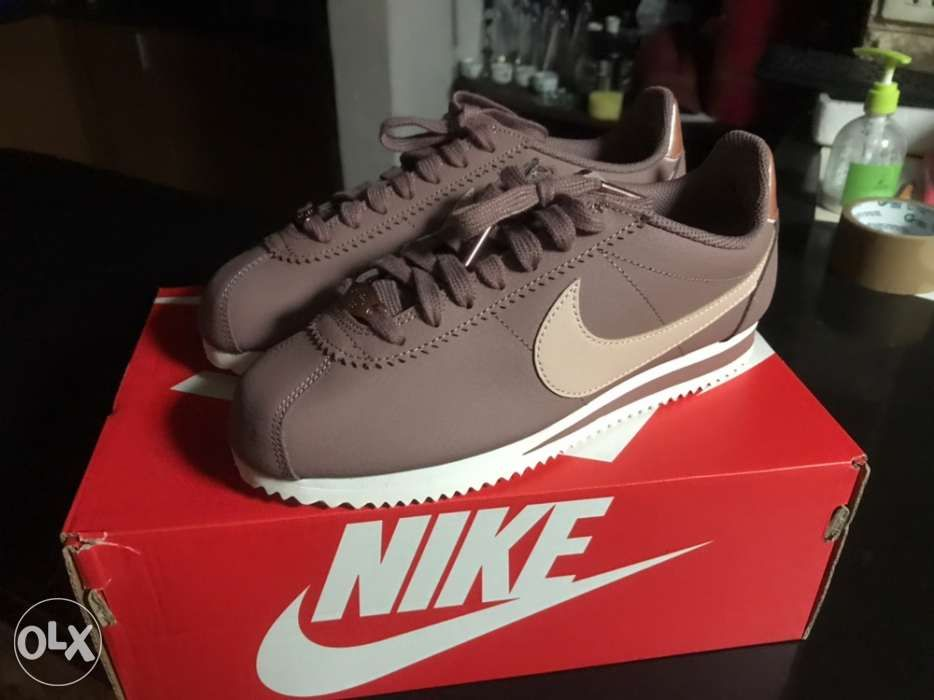new style c229a a0ef0 Nike Womens Classic Cortez Leather Smokey Mauve Particle Beige Size 6 ...