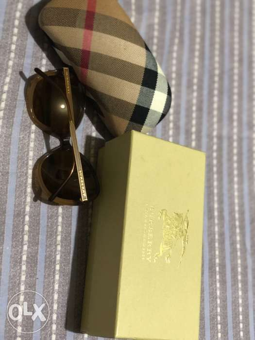 4c5ae6ad9fe14 Burberry Sunglasses for Ladies not Ray Ban Police Tom Ford Gucci  SOLD!