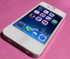 Used iPhone 4 in Very Good Condition - 16GB White