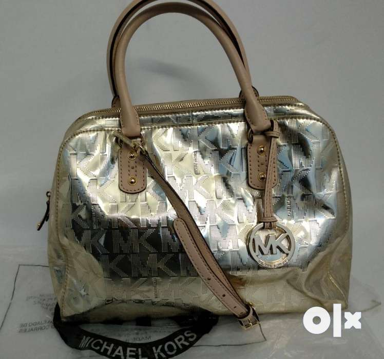 2af7d7c901c9 ... new zealand show only image. gently used original michael kors bag  996d3 3c293