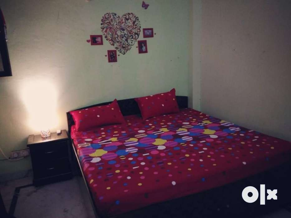 Show Only Image. Low Price Bedsheets. ...